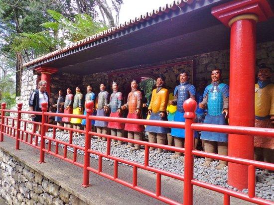 Monte Palace Tropical Garden : Samuraier i den orientalske have