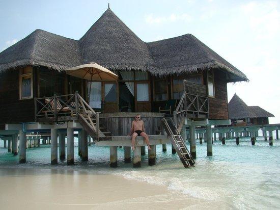 Coco Palm Dhuni Kolhu: Villa sur pilotis