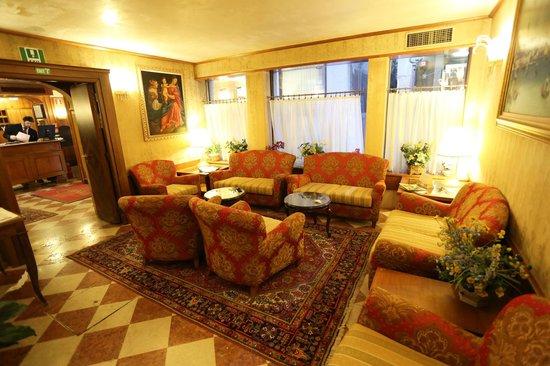 Antico Panada: Hotel lounge