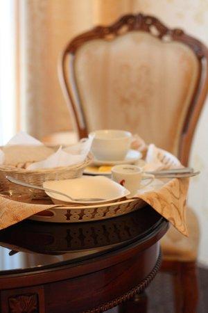 Victoria Hotel: завтрак