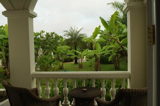 The Luang Say Residence: Vue de la chambre sur le jardin