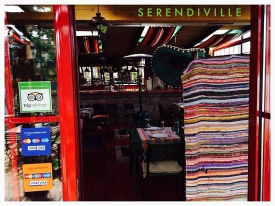 Serendiville: We got our Stickers!!!!