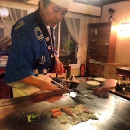 Le Samourai : la cuison du repas sur votre table