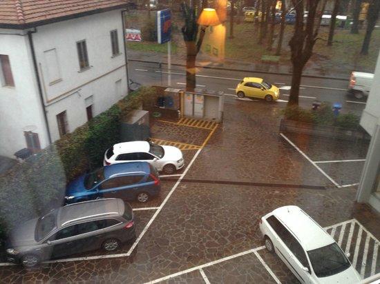 Hotel Touring: Parking