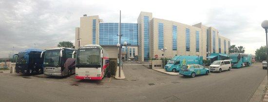 Hotel San Mauro: Parcheggio Bus
