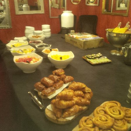 Malmaison London: Buffet breakfast - shockingly poor and very bad value for money