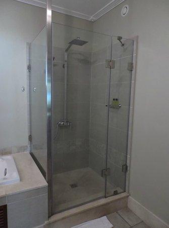 Shandrani Beachcomber Resort & Spa: Shower