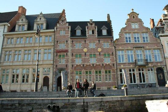 Ghent Marriott Hotel: фасад отеля
