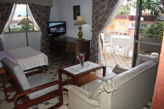 Hotel Laginaque : Junior Suite ($90$ by night)