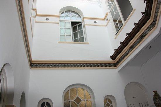 Union Campana Hostal : Vista de la ventana de habitación