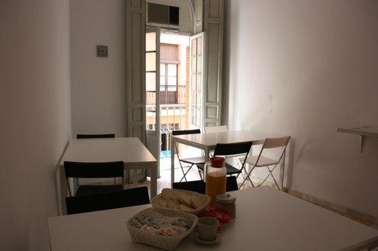 Union Campana Hostal : Desayuno/Lectura/Relax