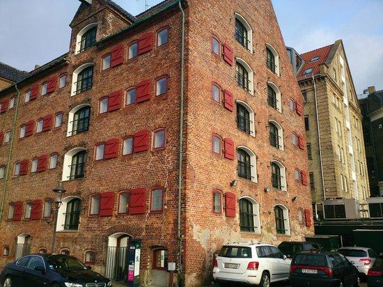 71 Nyhavn Hotel: ホテル外観
