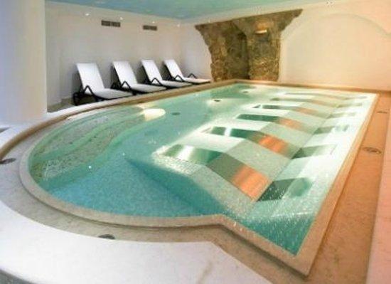 Parc Hotel Flora: vasca idromassaggio