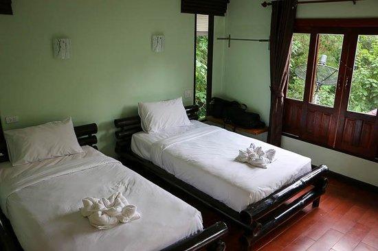 Banana Resort and Spa: Land Rooms are nice.