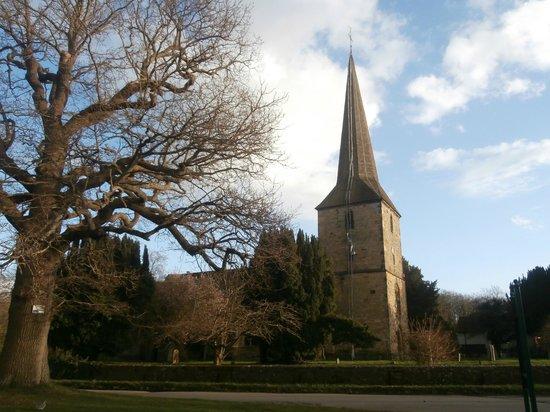 Hever Castle & Gardens: St Peter's Church, Hever