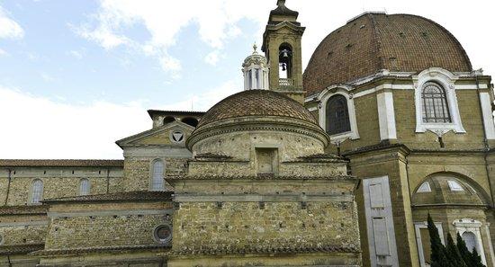 Corte dei Medici: view on Cappelle Medicee