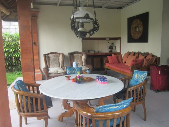 Bali Breeze Bungalows : Breakfast area