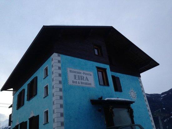Hotel Eira dalla strada