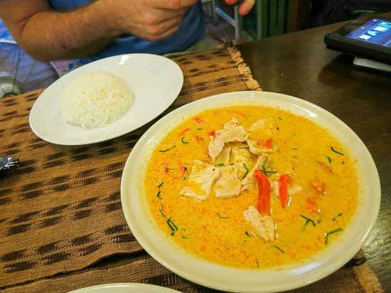 Bon Ca Va: Panang curry was delicious.