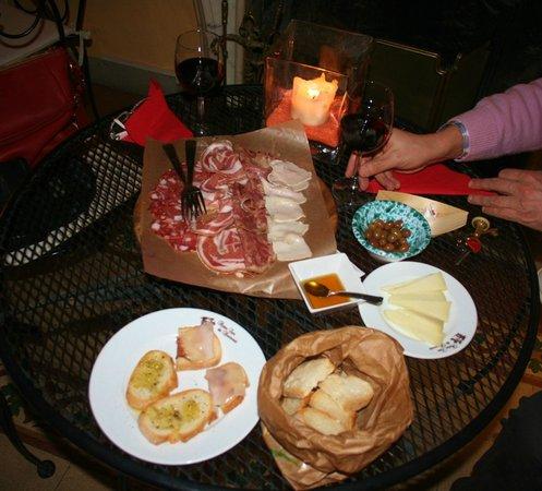 Antica Casa dei Rassicurati: degustazione ottima e abbondante