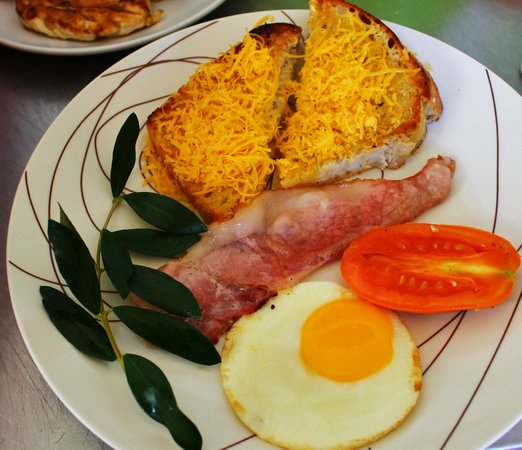 Poetry Coffee Shop: Breakfast - served all day!