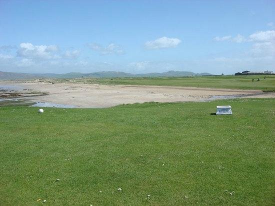 Kintyre Cottages: Machrihanish Golf Course, 10 minutes drive from our cottages.