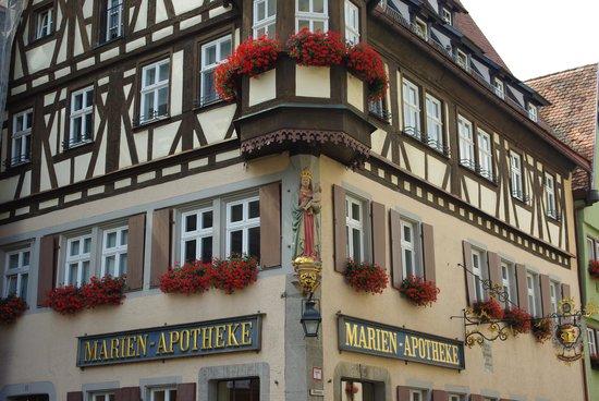 Altstadt: お花いっぱい