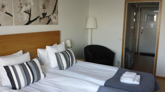 Dockyard Hotel: Spacious, comfy rooms