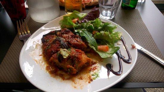 Le Mirador: Excellentes Aubergines au parmesan.
