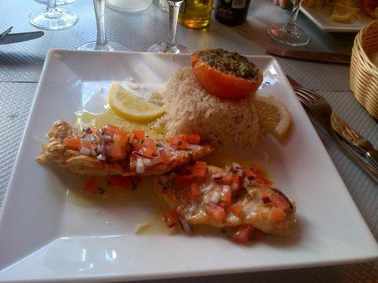 Restaurant Adelaide : Menú: pescado con guarnición