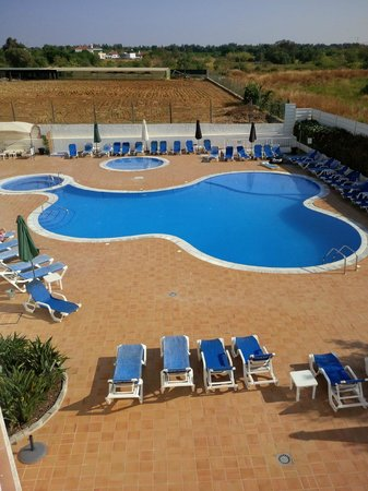 Costa de Cabanas : The pool