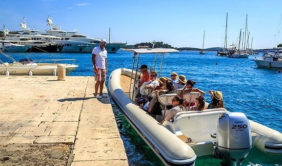Toto Travel - Day Tours: Speed boat for blue cave...