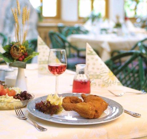 Hotel Restaurant Urdlwirt : Steirisches Backhendl