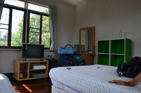 Baan Rub Aroon: Our Room