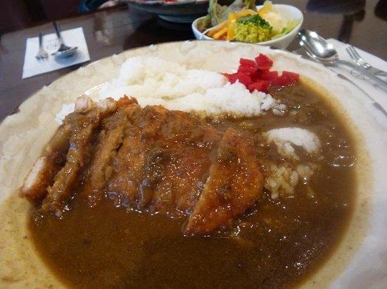 Mik: カツカレー(850円)