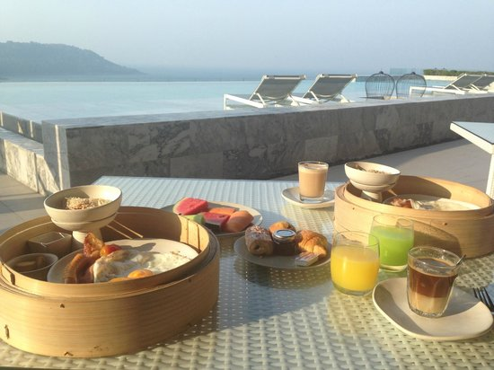 Foto Hotel: view and breakfast