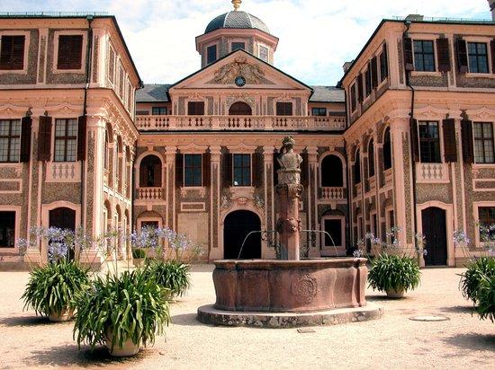 Schloss Favorite : Château de la Favorite