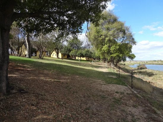 Shimuwini Bushveld Camp : uitzicht vanaf terras