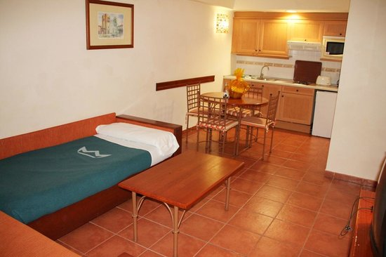 GF Isabel : Living area