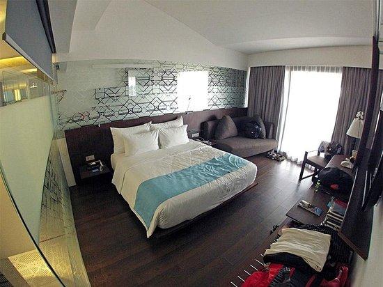 Ize Seminyak : Habitación moderna y confortable
