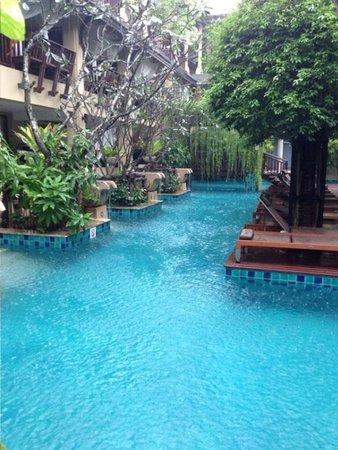 Burasari Resort: Pool !!!!