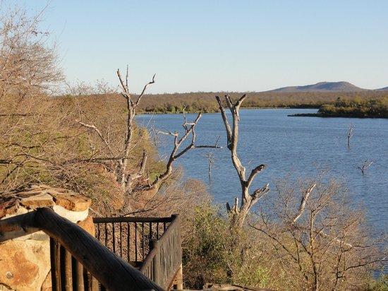 Mopani Rest Camp: Uitzicht bij het restaurant
