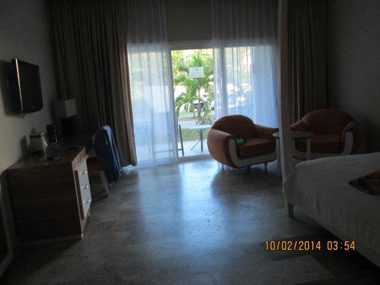Cofresi Palm Beach & Spa Resort : ground floor gardenview room