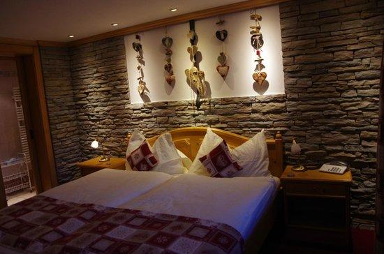 Hotel Dufour Alpin Zermatt : Chambre