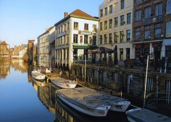 Het Waterhuis aan de Bierkant: the waterfront