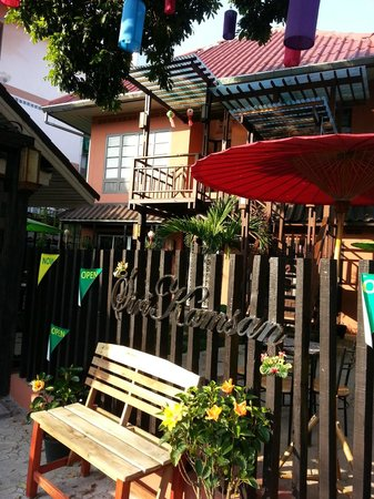 Siri Kamsan Hotel: view