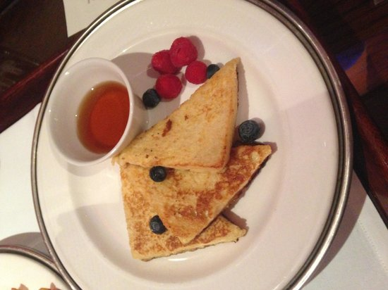 The Rubens at the Palace: Breakfst french toast