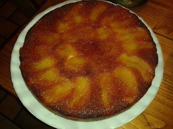 Osteria Torre Morosini: torta di mele della casa