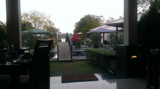 Flower Garden Lake Resort: View from Restaurant