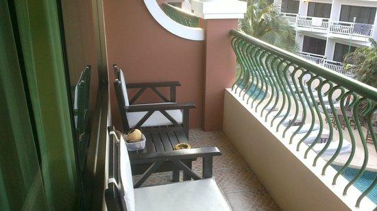 Karon Sea Sands Resort & Spa : балкон